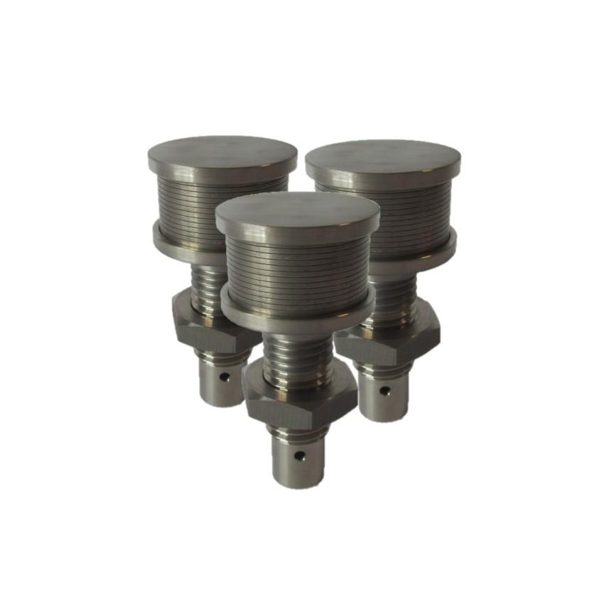 Titanium filter nozzle
